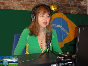"Ella Tetelboym as a guest on the Brazilian Radio show ""7 Alegria do Povo"""